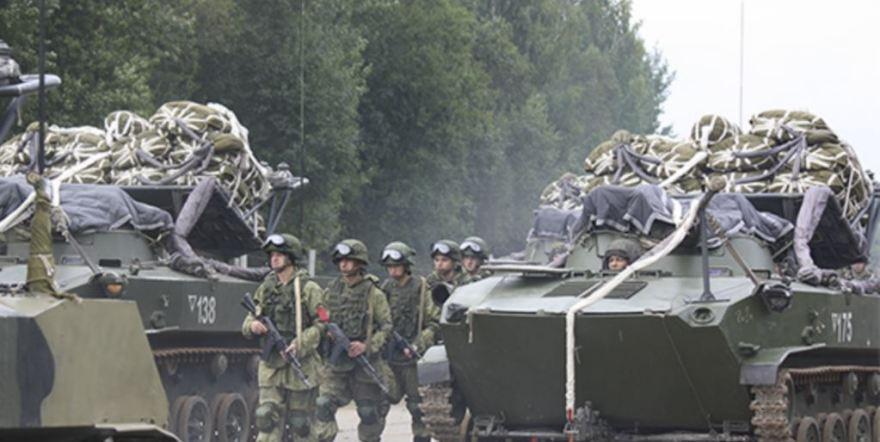 Россия не оставит попыток давления на Беларусь – эксперт
