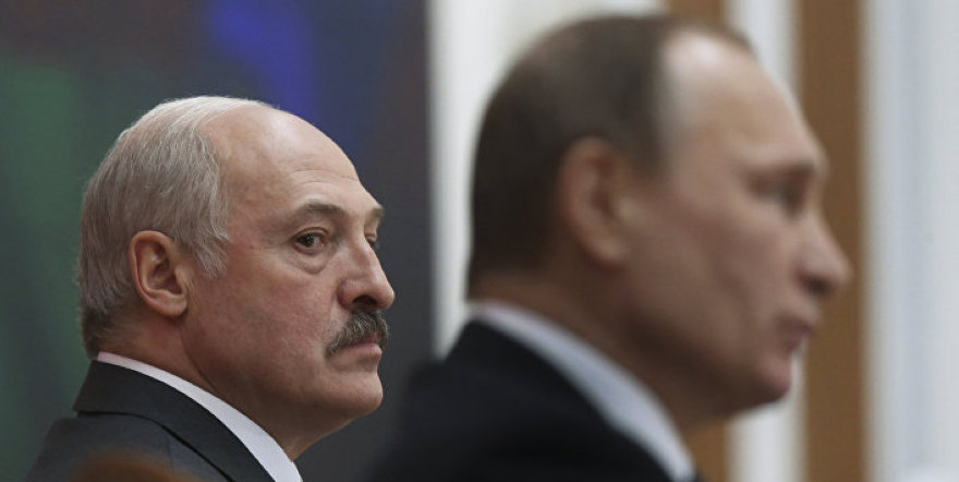 Гибридная дружба: Лукашенко чувствует угрозу «нового дыхания» Путина